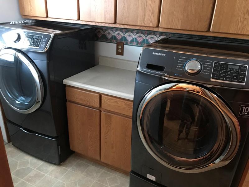 212 S. Hanson Blvd. Laundry 2